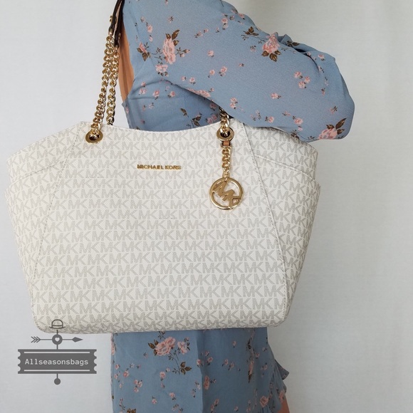 8ebafed6600e39 Michael Kors Bags | Jet Set Large Chain Tote Vanilla Gold | Poshmark